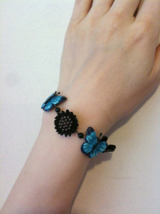 yayoi 蝶と花のブレスレット