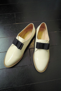 F-TROUPE BOW SHOE